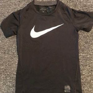 Nike pro boys Large fitted shirt
